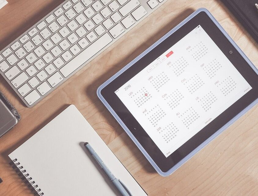 calendar-on-ipad-to-represent-setting-a-date